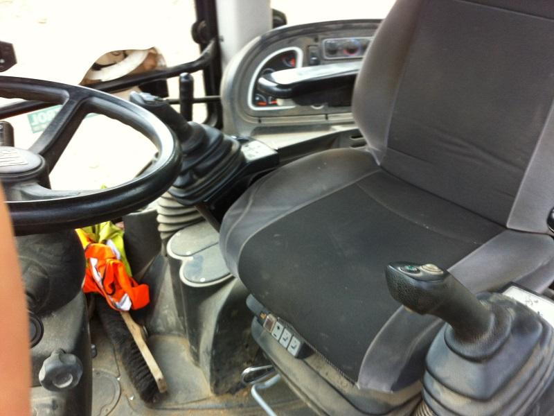 Camion A Vendre >> Tracto pelle JCB occasion 3CX4T